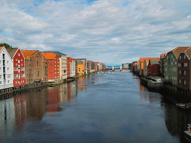 rzeka Nidelva w Trondheim
